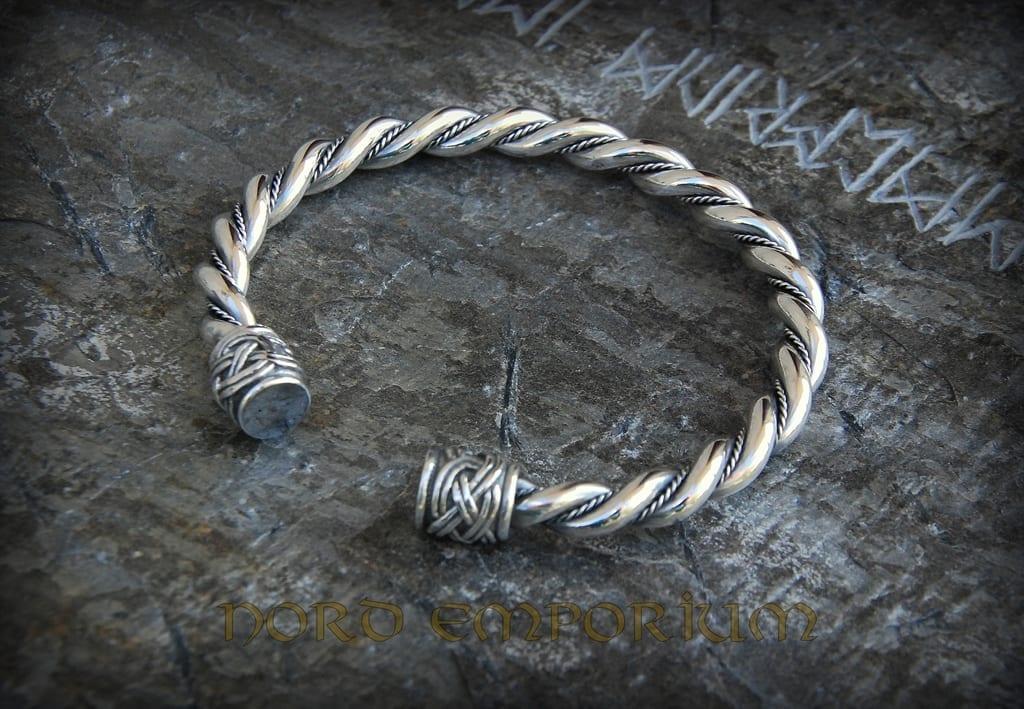 viking bracelet sterling silver nord emporium. Black Bedroom Furniture Sets. Home Design Ideas