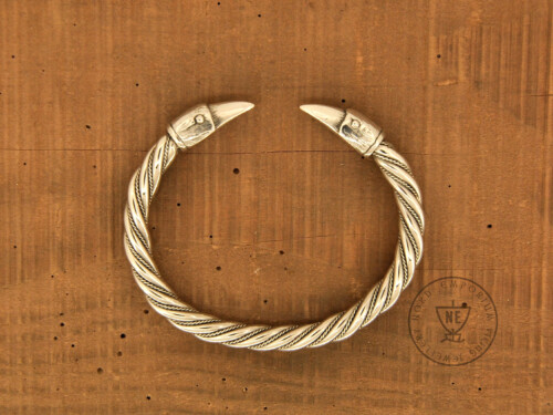 raven bracelet